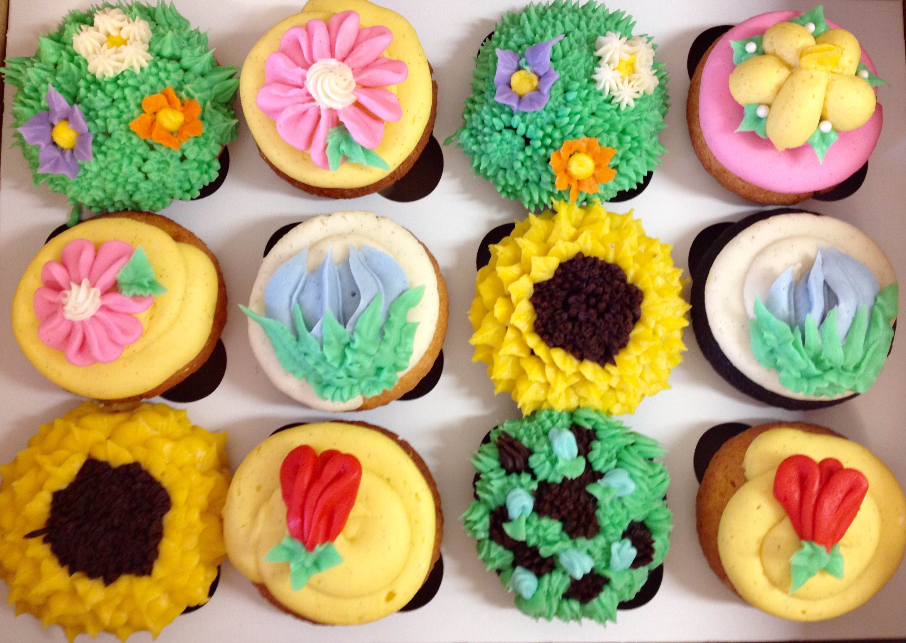 monumental cupcakes